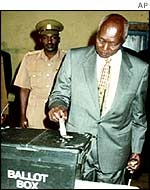 President Moi casts his vote