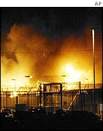 Fire at Woomera detention centre