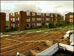 BBC ON THIS DAY | 16 | 1987: Hurricane winds batter southern England