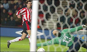 Southampton's Jo Tessem scores his side's second goal