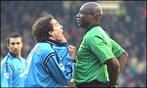 Eyal Berkovic begs referee Uriah Rennie not to book him for diving
