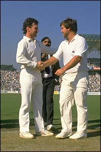 Australia's Allan Border and England's Mike Gatting shake hands before the start of the final