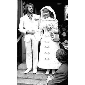 Lulu and Maurice Gibb on their wedding day 1969