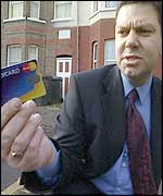 Cop with dodgy credit card