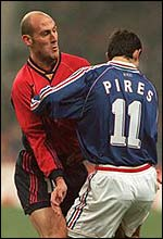 Roberto Rios in action for Spain
