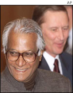 George Fernandes with Russian Defence Minister Sergei Ivanov