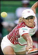 Justine Henin-Hardenne is in her first Australian Open semi-final