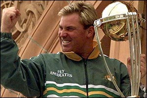 Shane Warne with the World Cup trophy