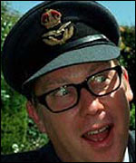 Vic Reeves in the BBC's I Love 1991