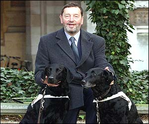 David Blunkett with new dog Sadie (left) and old dog Lucy