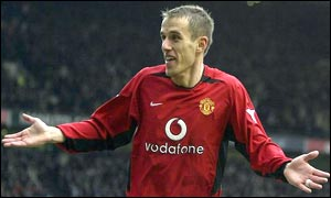 Phil Neville celebrates his goal v West Ham