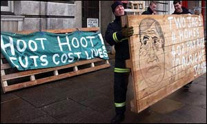 A cartoon of deputy prime minister John Prescott joins the picket line outside the Central Fire Station in Birmingham
