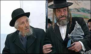 Ultra-Orthodox Jews prepare to vote