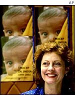Susan Sarandon in India with Unicef in 2000