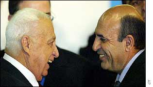 Ariel Sharon (L) with Defense Minister Shaul Mofaz