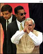 Indian prime minister Atal Behari Vajpayee surrounded by heavy security
