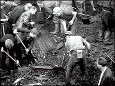 Men dig away at the slag heap that covered the Aberfan school