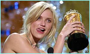 Cameron Diaz won an MTV Movie Award for best dance sequence in Charlie's Angels