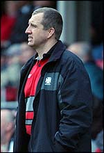 Neath coach Lyn Jones