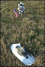 Memorial near fallen shuttle debris, AFP