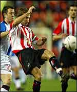 David Thompson tackles Sunderland's Michael Gray