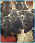 Star�enkindern in Ghana wird geholfen