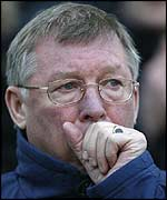 Sir Alex Ferguson watches his team's 1-1 draw with Man City