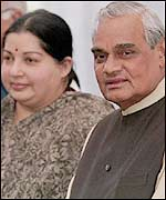 Jayalalitha (L) with Prime Minister Vajpayee (R)