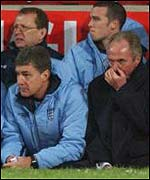 England coach Sven-Goran Eriksson (right) and assistant Brian Kidd look on at Upton Park