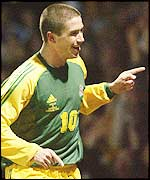 Harry Kewell celebrates his goal during Australia's 3-1 win over Australia