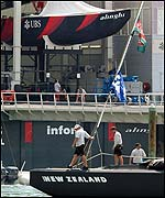 Alinghi (top) and Team New Zealand