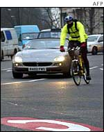 Cyclist at Hyde Park Corner