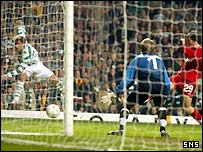 Stilian Petrov scores Celtic's third goal from a tight angle