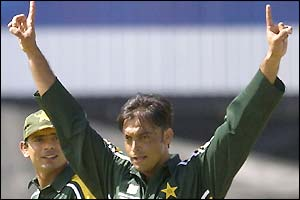 Pakistan bowler Shoaib Akhtar takes the plaudits after bowling a 100mph ball