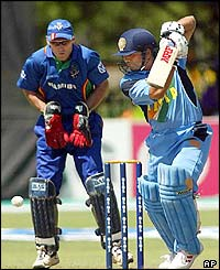 Namibian wicketkeeper Melt van Schoor keeps an eye on Indian batsman Sachin Tendulkar