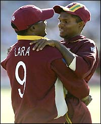 Shivnarine Chanderpaul congratulates Brian Lara on his catch