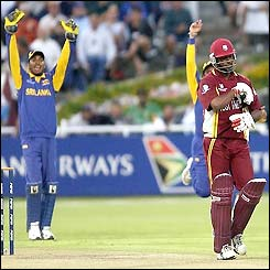 Sri Lanka appeal after Brian Lara edges to the Sri Lankan wicket-keeper