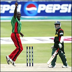 Martin Suji of Kenya successfully appeals for lbw against Mohammad Ashraful