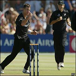 Shane Bond celebrates taking a wicket