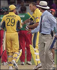 Ian Harvey and Andrew Symonds guided Australia to victory