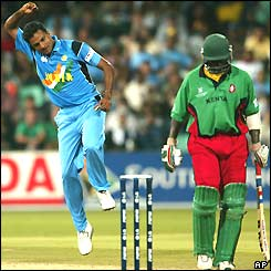 Javagal Srinath punches the air with delight after taking the wicket of Kenya's Kennedy Otieno