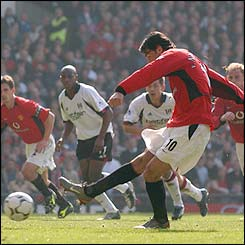 Ruud van Nistelrooy scores from the penalty spot for  Man Utd