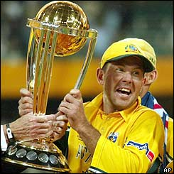 Ponting lifts the trophy as Australia retain the World Cup