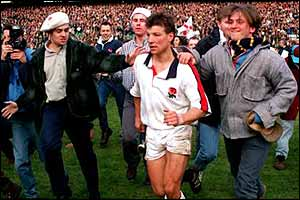 Rob Andrew kicks all of England's points as they clinch the Grand Slam against Scotland