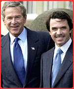 Spain's Prime Minister Mr Aznar with Mr Bush