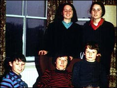 Terry Waite's wife Frances (C) surrounded by twins Ruth and Clare, Gillian and Mark