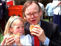 John Gummer and the beefburger