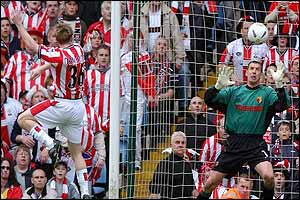 Southampton¿s Brett Ormerod scores the opening goal against Watford
