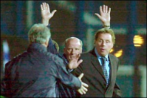Portsmouth boss Harry Redknapp shakes the hand of Burnley manager Stan Ternant