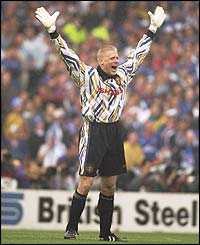 Peter Schmeichel celebrates Manchester United's 4-0 win over Chelsea in the 1994 FA Cup final